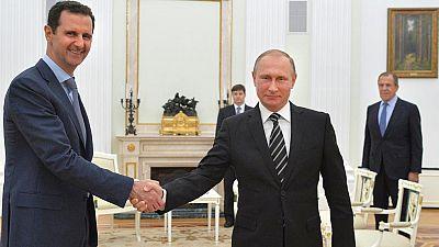 Asad se entrevista por sorpresa con Putin en Moscú