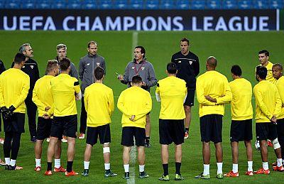 El Manchester City, líder de la Premier League, recibe en Champions la visita del ilusionado pero irregular Sevilla con la obligación de sumar los tres puntos ante un rival directo para la clasificación y la premisa de no volver a fallar en casa.