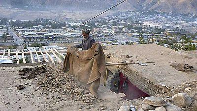 Más de 180 muertos y cientos de heridos por un seísmo de magnitud 7,5 en Afganistán