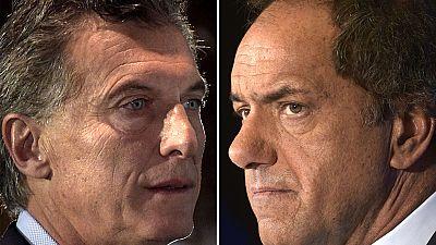 Macri y Scioli lanzan la carrera para convencer a los indecisos de Argentina en la segunda vuelta