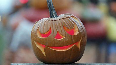 El Día de Todos los Santos convive cada vez más con Halloween en España