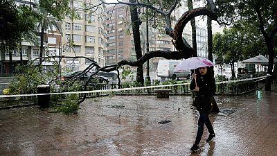Aviso por fuertes lluvias y viento en Aragón, Cataluña y la zona de Levante