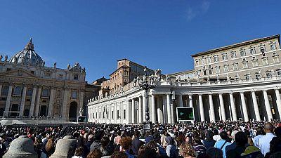 Dos detenidos en el Vaticano acusados de sustraer y divulgar documentos reservados
