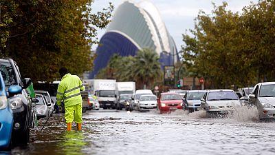 Borrasca sobre la península, intensas precipitaciones en la Comunidad Valenciana durante toda la mañana