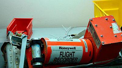 Los expertos analizan ya las cajas negras del avión ruso estrellado en Egipto