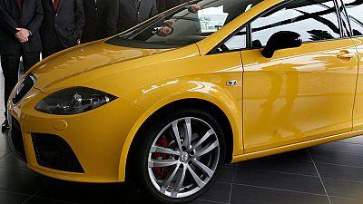 Volkswagen revela emisiones irregulares de CO2 en 800.000 vehículos
