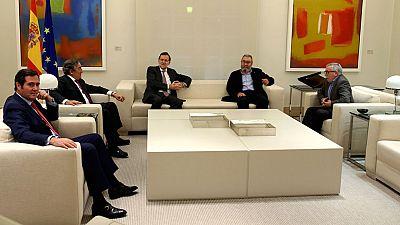 Los sindicatos plantean a Rajoy la necesidad de debatir la reforma constitucional en las Cortes tras el 20D