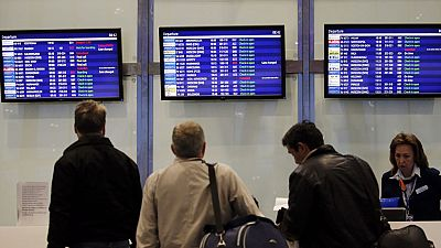 Rusia y Gran Bretaña continúan la operación de repatriación de turistas de Egipto