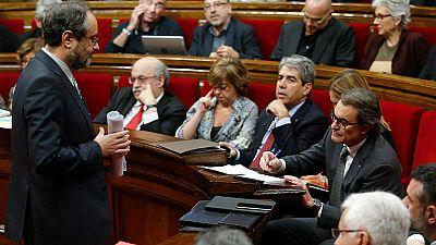 El 'no' a la independencia de Cataluña gana por un punto a los que quieren la secesión en el sondeo del CEO