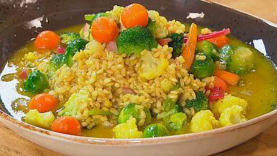 Arroz integral con verduras y c�tricos