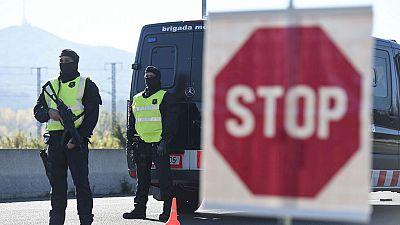 España refuerza los dispositivos de vigilancia aunque mantiene el nivel 4 de alerta