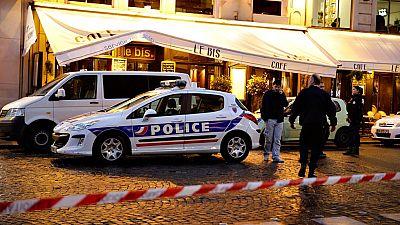 La policía prosigue la investigación de los atentados de París y busca a un segundo terrorista huido