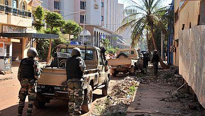 Hombres armados asaltan un hotel y toman 170 rehenes en Bamako