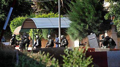 Al menos tres muertos en el asalto con 170 rehenes a un hotel de la capital de Mali