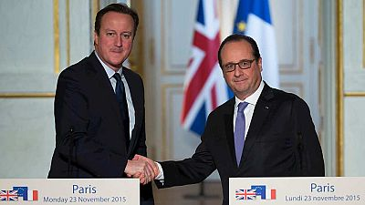 Cameron y Hollande muestran sintonía en la estrategia antiterrorista contra el Daesh