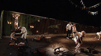 'Danzad Malditos', la obra teatral inspirada el la película de Sidney Pollack, llega a las tablas de Madrid