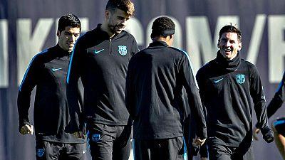 Javier Mascherano, que se recupera de un golpe en el muslo, ha sido uno de los jugadores azulgrana que ha ido a trabajar en su día libre. El viernes por la mañana Luis Enrique empezará a preparar ya el partido del sábado contra la Real Sociedad de un