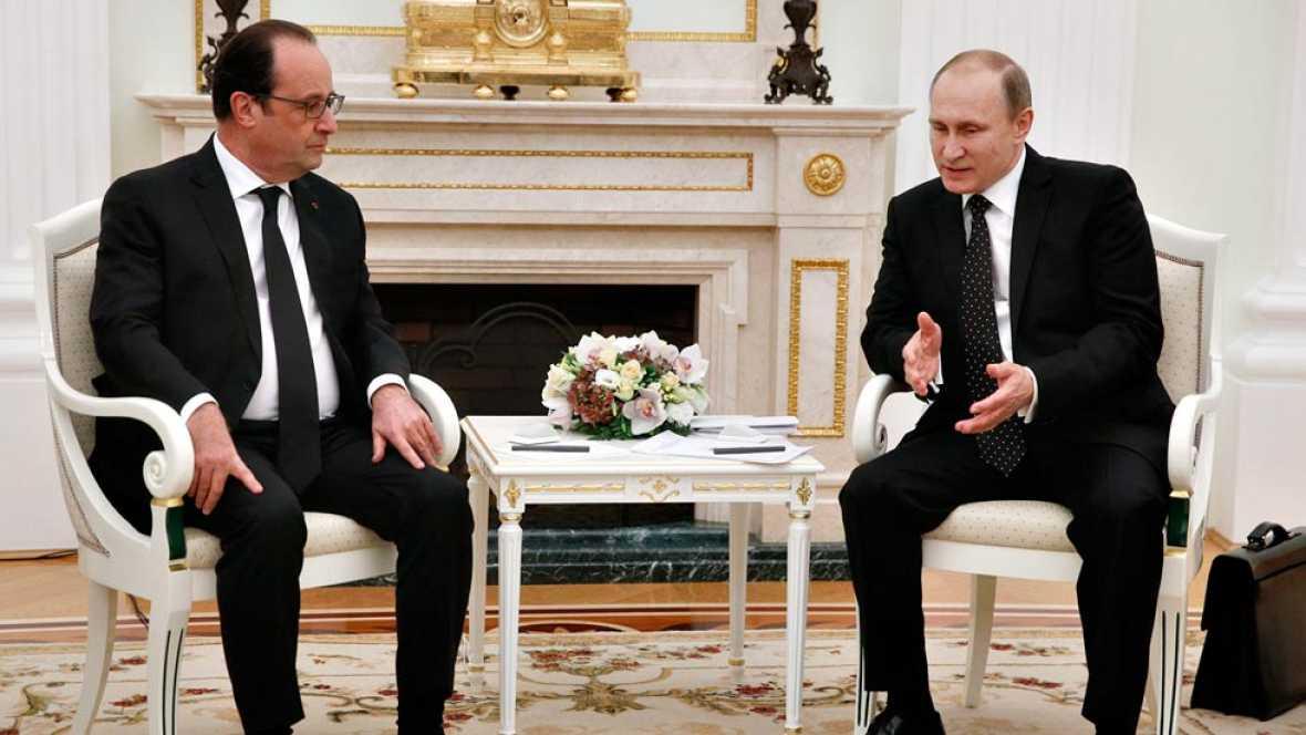 """Hollande y Putin coinciden en aglutinar una """"amplia coalici�n"""" bajo la ONU para intervenir en Siria contra el Estado Isl�mico"""