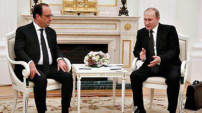 """Hollande y Putin coinciden en aglutinar una """"amplia coalición"""" bajo la ONU para intervenir en Siria contra el Estado Islámico"""