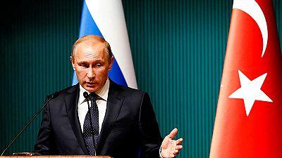Putin impone sanciones económicas a Turquía