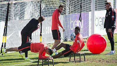 El Atlético, con muchos cambios en su once inicial, inicia su andadura en la Copa del Rey en el campo del Reus, un equipo de Segunda B que lleva un año sin perder en casa.