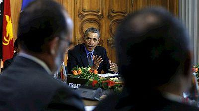 Obama llama a rebajar la tensión entre Turquía y Rusia por el caso del avión derribado