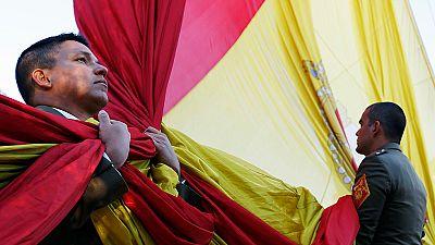El izado de la bandera abre los actos del día de la Constitución