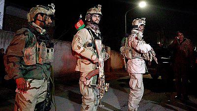 Muere un policía nacional en un ataque junto a la embajada española en Kabul