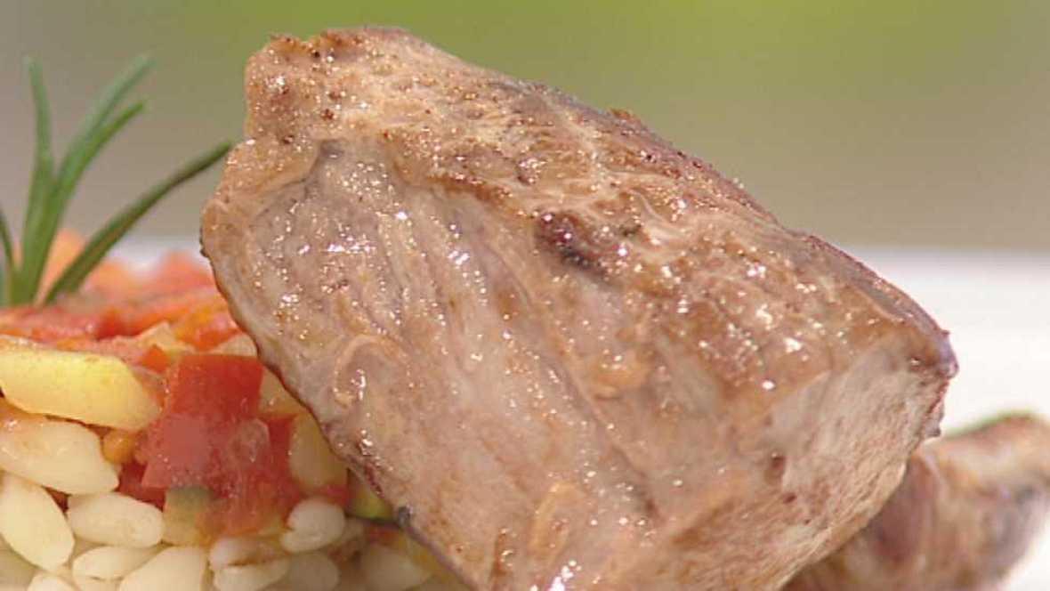 Cocina con Sergio - Pisto con trigo tierno y medallón de solomillo - Ver ahora