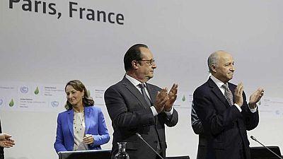 Laurent Fabius presenta el proyecto de acuerdo del clima de Paris