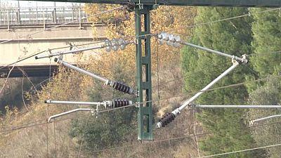 Un nuevo robo de cable de cobre provoca retrasos en varias líneas de cercanías de Renfe