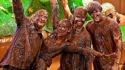 MasterChef Junior 3 - Así montamos la piscina con 2.000 litros de chocolate