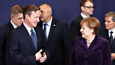 Los líderes europeos se muestran reticentes ante las exigencias de David Cameron para seguir en la UE