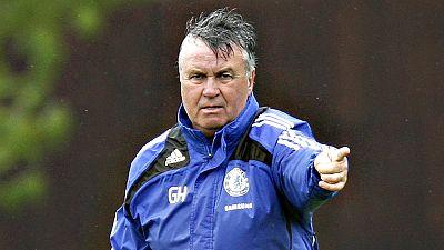 """El Chelsea anunció este sábado la contratación del entrenador holandés Guus Hiddink hasta """"final de la temporada"""", en sustitución del portugués Jose Mourinho, cesado el pasado jueves, según informó hoy en un comunicado en su página web, en el que el"""