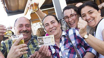 Segundo premio 12775 una administración de Osuna, Sevilla, reparte 100 millones de euros