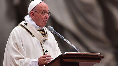 """El papa Francisco pide sobriedad ante la """"sociedad de consumo y placeres"""""""