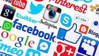 Los menores de 16 podrían necesitar consentimiento de sus padres para darse de alta en las redes sociales