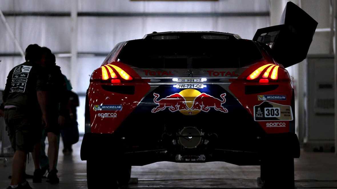 El Rally Dakar, el considerado 'raid' más duro del mundo y que se disputará en esta edición 2016 únicamente por Argentina y Bolivia, dará comienzo este sábado con una etapa prólogo en Buenos Aires y con Joan Barreda (Honda), en motos, y Joan Roma (Mi