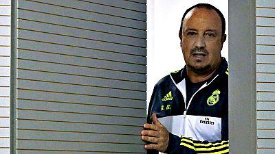 Rafael Benítez, destituido este lunes como entrenador del Real Madrid, salió del club que siempre quiso dirigir por la puerta de atrás, con el trabajo a medio hacer y sin el reconocimiento que siempre soñó y que anteriormente logró en equipos como el