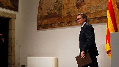 """Mas """"da un paso al lado"""" para facilitar un acuerdo en Cataluña"""