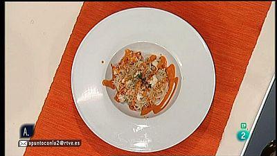 A punto con La 2 - Cocina a punto con Sergio Fern�ndez: Fideos de arroz con pimientos y palmeritas de queso y or�gano