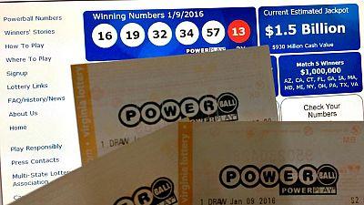 Estados Unidos reparte el mayor premio de lotería de la historia