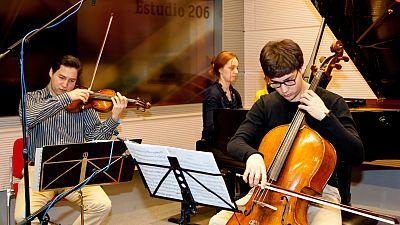 Estudio 206 - Schumann Quartett & Varvara - Ver ahora