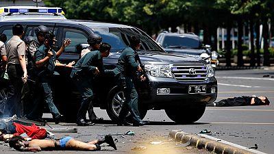 Un atentado múltiple reivindicado por el Estado islámico deja siete muertos en la capital de Indonesia