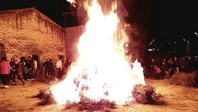 Villarta de los Montes celebra la fiesta del tizne
