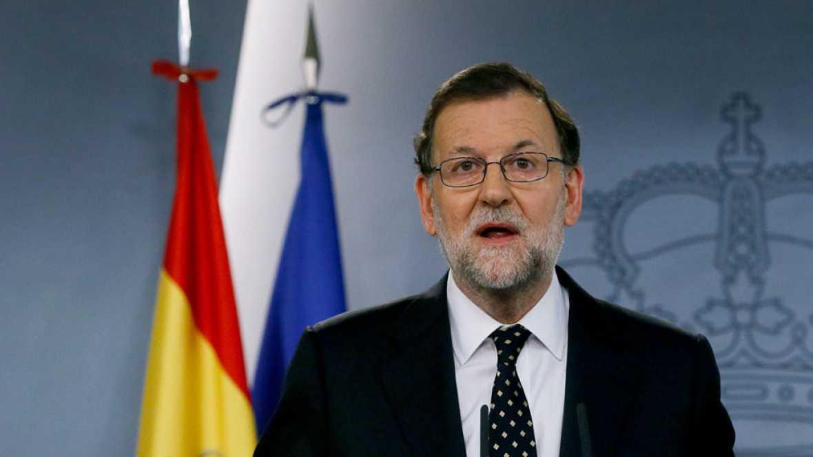"""Rajoy rechaza """"de momento"""" someterse a la investidura para que no corran los plazos"""