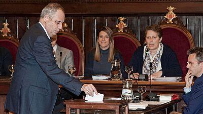 El Ayuntamiento de Girona aprueba una moción para instar al Estado a retirar el título de Princesa de Girona