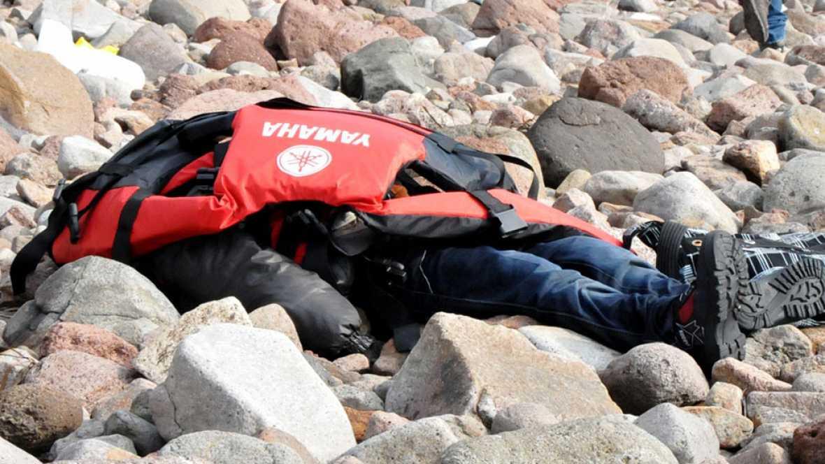 Un barco lleno de refugiados ha naufragado frente a las costas de Turquía