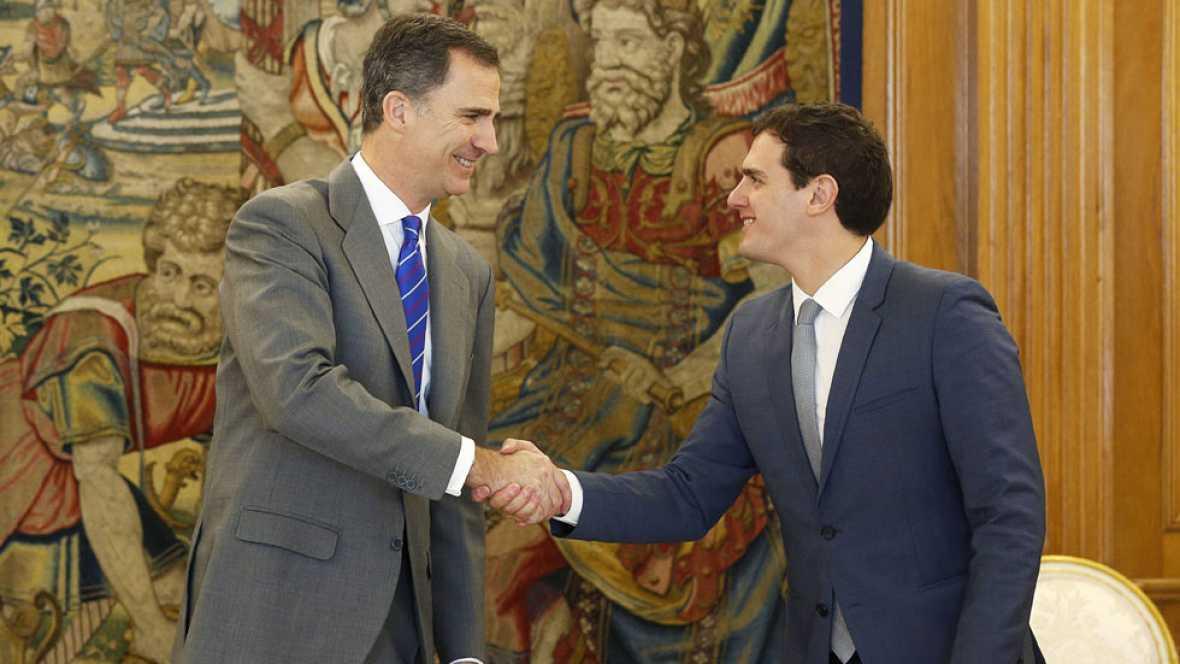 Albert Rivera reclama un gobierno de transición con PP y PSOE