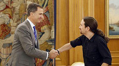 Iglesias traslada al rey que mantiene su oferta al PSOE para gobernar juntos con IU